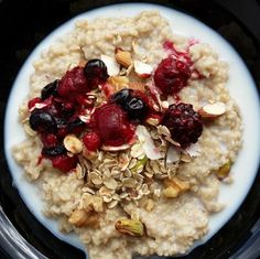 Oats porridge with berries and nuts | Chitra's Healthy Kitchen
