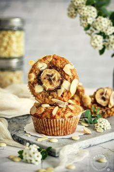 Cake Chocolate, Muffins, Banana, Breakfast, Recipes, Food, Chicolate Cake, Morning Coffee, Chocolate Cobbler
