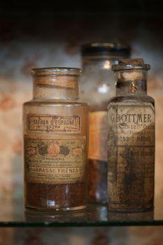 Antique Bottles | Floorabella