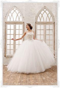 ウェディングドレス AN0900