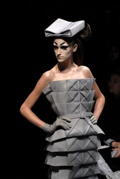 ORIGAMI DRESS Christian Dior Haute Couture  S/S 2007 by John Galliano