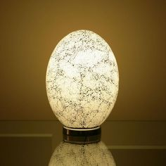 Egg Shaped Table egg shaped table/desk lamp/light brown glass 80w. the cracked