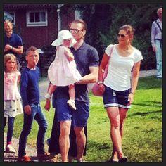 August 6, 2013 · Karlskrona, Sweden · Efter att ha boostat och bondat med Vickan, Daniel och lilla Estelle, har vår Eriksgata nu nått Karlskrona...