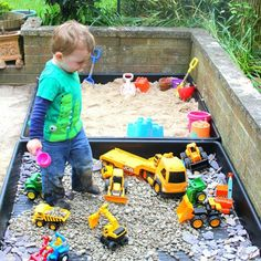 DIY playground for sensory toys for toddlers and preschoolers. Outdoor play ideas DIY playground for sensory toys for toddlers and preschoolers. Natural Play Spaces, Outdoor Play Spaces, Kids Outdoor Play, Kids Play Area, Backyard For Kids, Outdoor Fun, Indoor Play, Diy Outdoor Toys, Outdoor Games