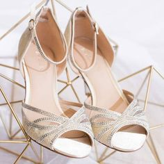 Lulu beige: made of Satin, lace, see-through gauze and beautifully embellished with hundreds of Crystals  #weddingshoes #love #loveshoes #vintage #weddinginspiration #feminine #imaanibridal #africanbride