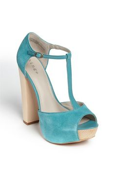 Hinge heels...can I have two pair of shoes the same color???? Of course I'm a shoeaholic!