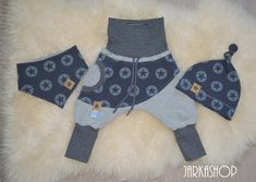 "Baby set ""Stars"" gray / gray ♥ size 62 Immediately available ! Custom Tote Bags, Tote Bags Handmade, Baby Outfits, Kids Outfits, Baby Set, Quilt Blocks Easy, Baggy Pants, Crochet Mandala Pattern, Sewing Pants"