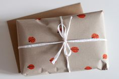 Homemade Ladybird wrapping paper by UKKONOOA the fact that they called them ladybirds made me fall in love with this wrapping Present Wrapping, Creative Gift Wrapping, Creative Gifts, Wrapping Ideas, Paper Supplies, Pretty Packaging, Fun Crafts For Kids, Christmas Wrapping, Craft Tutorials