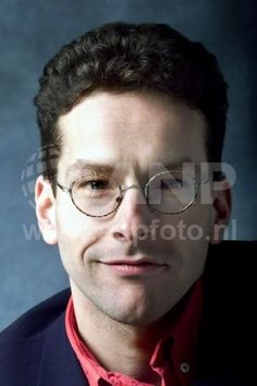 jeroen dijsselbloem   Caption  NLD-20011215-AMSTERDAM: PvdA-kandidaat voor de Tweede Kamer Jeroen Dijsselbloem.ANPFOTO/ROBIN UTRECHT  25-01-2002 09:53:19