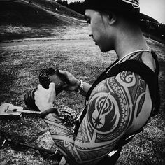 site dedicated to blackwork or black work tattoos Tattoos Skull, Tribal Tattoos, Sleeve Tattoos, Polynesian Tattoos, Tatoos, Rebellen Tattoo, Tattoo Foto, Tattoos For Guys, Tattoos For Women