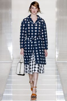 Marni Spring 2013 Ready-to-Wear Fashion Show - Ashleigh Good