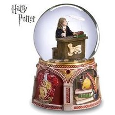 Hermione Granger™ Wingardium Leviosa Water Globe review at Kaboodle