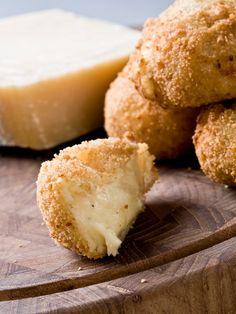 Croquettes au Parmesan (Italie) : Recette de Croquettes au Parmesan (Italie) - Marmiton