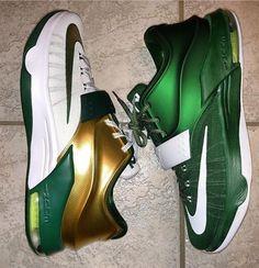 new style 08c46 84293 Salopette, Chaussure, Bureau, Baskets Jordan, Vipère, Chaussures Chaudes,  Jeu De