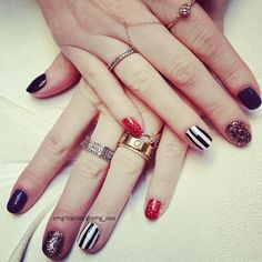 Tim Burton nail art