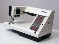 Necchi - Logica 591 G. Giugiaro 1982