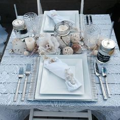 Top 5 Inexpensive kitchen Room ideas Diner en Blanc anyone? Outdoor Dinner Parties, Date Dinner, Wedding Dinner, Paris Party, Event Organiser, Le Diner, Al Fresco Dining, Spa Party, Romantic Dinners