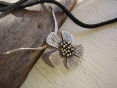 ARTisan Made Jeanne's Daisy Necklace  Fine by ARTandElements, $82.00