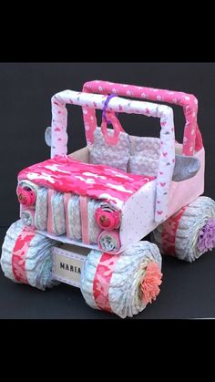 Want a baby shower gift NO ONE else will have for that special mommy to be at her pink elephant baby shower? This jeep diaper cake is PERFECT for your next Baby Shower gift! ****PLEASE BE SURE TONLET…More Jeep Diaper Cake, Pink Diaper Cakes, Unique Diaper Cakes, Elephant Diaper Cakes, Diaper Cake For Girls, Jeep Cake, Diy Diaper Cake, Baby Shower Unique, Baby Shower Themes