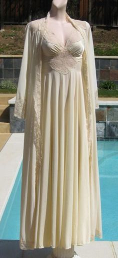 I LOVE vintage nightgowns. The shape is so comfortable, but the cups are always so stinkin itchy!  :-(