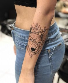 Mama Tattoos, Sister Tattoos, Wolf Tattoos, Cute Tattoos, Beautiful Tattoos, New Tattoos, Tatoos, Wolf Tattoo Design, Wrist Tattoos For Women