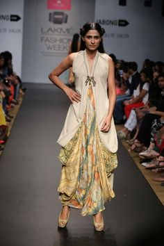 Lotus Sutr Lakme Fashion Week S/R 2014
