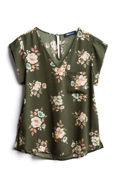 Want to earn Stitch Fix credit? Fix Clothing, Stitch Fix Fall, Stitch Fix Outfits, Stitch Fix Stylist, Shirts & Tops, Timeless Fashion, Blouse Designs, Dress To Impress, Nice Dresses