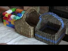 Weaving a square bottom of recycled newspapers. Part 4.1. - YouTube