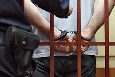 Дебоширу со следовавшего в Анталью рейса дали четыре месяца тюрьмы http://mnogomerie.ru/2016/12/13/deboshiry-so-sledovavshego-v-antalu-reisa-dali-chetyre-mesiaca-turmy/  Пьяный пассажир, устроивший дебош на борту следовавшего из Великобритании в Турцию самолета, был приговорен к четырем месяцам тюрьмы. Об этом пишет The Telegraph. В ходе заседания суда присяжных в английском городе Лидс 35-летний Тозиф Куреши (Toseef Qureshi) признал себя виновным в создании препятствий работе…