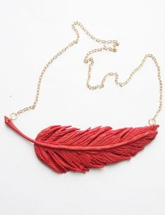Big Feather Clay Necklace by Nora | Project | Jewelry / Necklaces | Women's | Kollabora