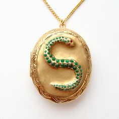 Harry Potter Slytherin Horcrux Locket with Gold Chain
