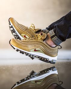 "Nike Air Max 97 OG Quickstrike ""Gold"""