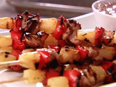 Get this all-star, easy-to-follow Sweet and Sour Chicken Skewers recipe from Sandra Lee