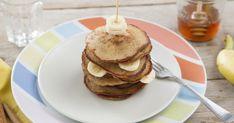 Banana pancakes, de meest eenvoudige pancakes om te bakken. Met dit recept bak je heerlijke banana pancakes voor ontbijt of lunch. Heb je overrijpe bananen op de fruitschaal liggen? Dan is dit het recept om te maken!  Kom naar Bakken.nl en bak overheerlijke banana pancakes. American Pancakes, Banana Pancakes, Favorite Recipes, Lunch, Vegan, Breakfast, Food, Morning Coffee, Lunches