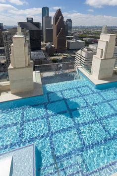 La piscina más espectacular del mundo #piscina #wellness #MarketSquareTower #Houston #Texas #EEUU