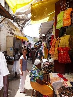 strolling Mombasa streets