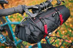 Bikepacking gear: Revelate Handlebar bag - Sweet Roll