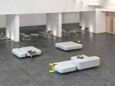 Common sofas | benches by viccarbe | Lounge sofas | Architonic