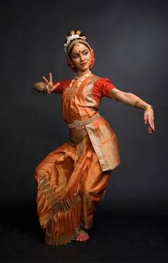.traditional temple dance of southindia