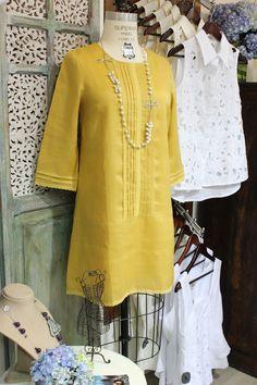#LookDeLaSemana:  Llena tu semana de color con este #outfit.  #GriseldaTovar #Moda #Mujeres