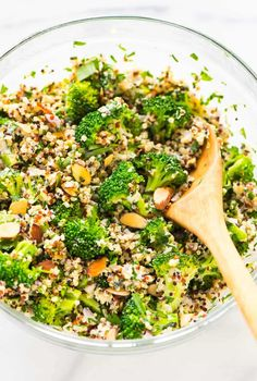 Broccoli Quinoa Salad with Almonds, Herbs, and a Creamy Greek Yogurt Lemon Dressing. Healthy, protein packed, and perfect for make ahead meals or sides.