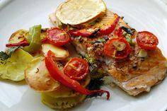 Fırında Sebzeli Somon Balığı Tarifi