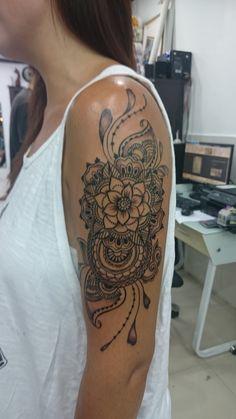 Boho Tattoos, Forarm Tattoos, Time Tattoos, Body Art Tattoos, Half Arm Sleeve Tattoo, Lace Sleeve Tattoos, Swirly Tattoo, Tattoo Henna, Spiral Tattoos