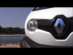 Genial It Has And Might Crack If You Drove It Off A Small Cliff Face. The Twizy Is  A Part Of Renaultu0027s EV Adventure: It Has A 60 Mile Range.