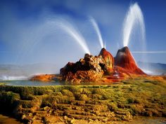 Fly Geyser, also known as Fly Ranch Geyser is a man-made small geothermal geyser located in Washoe County, Nevada approximately 20 miles km) north of Gerlach. Black Rock Desert Nevada, Nevada Desert, Fly Geyser Nevada, Arizona, Nevada Usa, Exotic Places, Tourist Places, Natural Phenomena, Geology