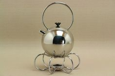 Tea kettle design Ettore Sottsass Memphis for WMF Wmf, Messing, Kettle, Cookware, Kitchen Appliances, Memphis, Shake, Mixer, Soups