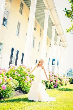 Stunning photos with the flowers blooming in spring. #CapeResortsWedding & #NicoleMillerBridal