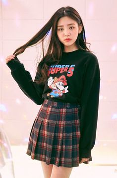 50 Simple Fall Outfits Ideas With Mini Skirt - - Korean Fashion Fall, Korean Fashion Trends, Korea Fashion, Asian Fashion, Grunge Style, Soft Grunge, Grunge Fashion, Cute Fashion, Skirt Fashion