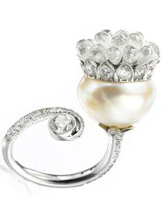 Viren Bhagat. Pearl & diamond ring...♡