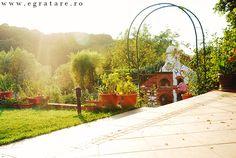 Cuptorul lui Vlad – eGratare Arch, Sidewalk, Outdoor Structures, Garden, Garten, Lawn And Garden, Gardening, Outdoor, Pavement